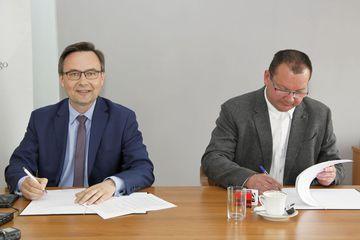 Galeria Podpisanie umowy - Dobrzeń Wielki - Kup